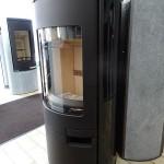 KOPPE-Kaminofen--Gismo-Kachel--schwarz-glänzend--Sonder-Abholpreis--1.950,00-€---UVP-2.950,00-€