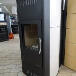 KOPPE-Kaminofen--Yara--wassergeführt-Keramik-Ahorn--9-KW---Sonder-Abholpreis--1.990,00-€--UVP--3.600,00-€